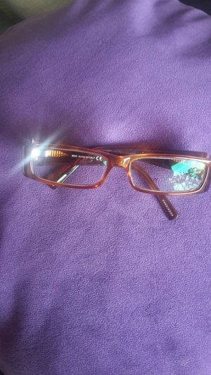 stylishes Brillengestell von Hugo Boss