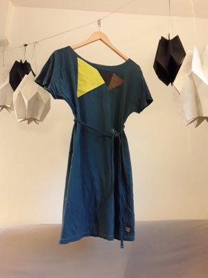 Stylishes T-Shirt-Kleid