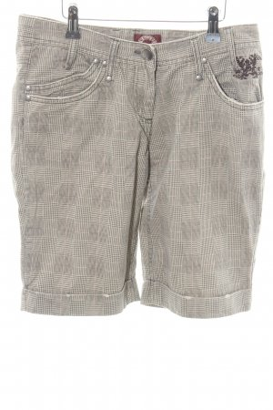 Sublevel Bermudas check pattern casual look