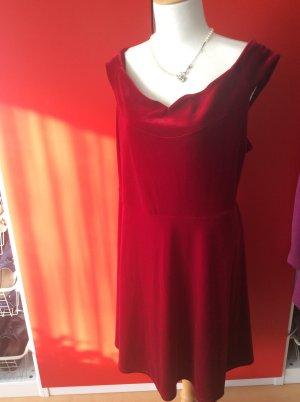 Suendig rotes schulterfreies Kleid in 52 pink glove, Samt