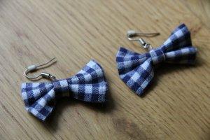 Süße blau-weiß karierte Schleifchen-Ohrringe NEU