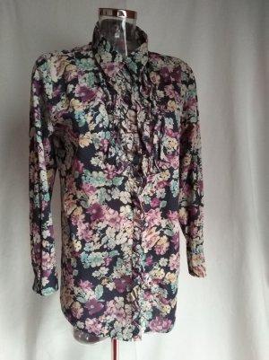 süße Bluse mit Blumenmuster und Rüschen
