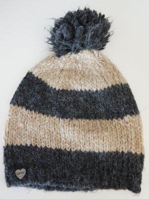 Süße Bommel-Mütze von Esprit