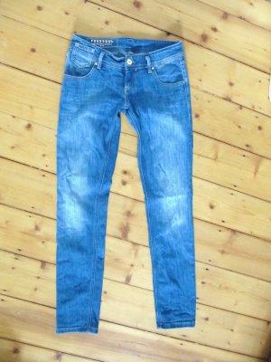 Süße Freesoul Silver Joy Skinny Jeans Weite 28 Länge 32