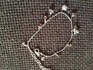 süße Fußkette, lila und weiße Steine