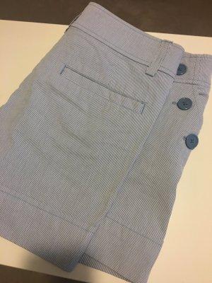 Süße gestreifte Shorts