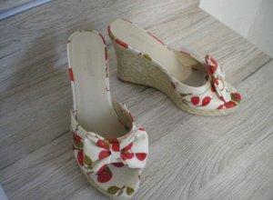 Süße Graceland Sandaletten mit Keilabsatz