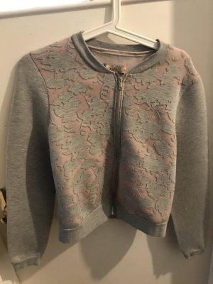 Süße grau-rosa College Jacke
