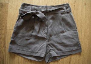 Süße graue Highwaist-Shorts von H&M *NEU*