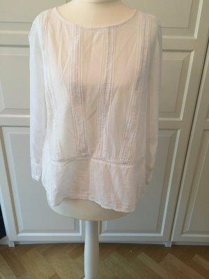 Süße H&M Bluse in weiß mit Stickerei