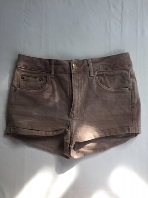 Süße Jeans Short in Nude.