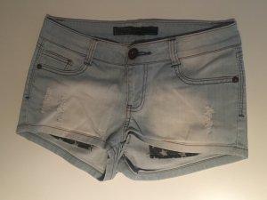 Süße Jeans Shorts :)