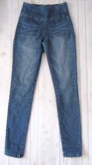 Süße Jeans von Pieces Taille High Waist Röhre Skinny 34 36