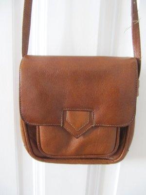 Süße kleine Tasche Cognac Braun Vintage von Oma