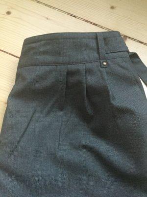 Süße kurze Hose * auch für den Herbst * Größe 38 * NEU