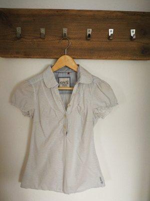 süße kuzrärmelige Bluse von Esprit Gr. 34