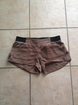 süße leichte Shorts, super zu kombinieren jetzt im Herbst, Größe S