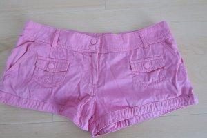 Süße pinke Hotpan / Short mit Taschen-Applikationen von H&M