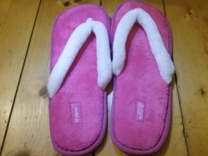 House Shoes white-pink