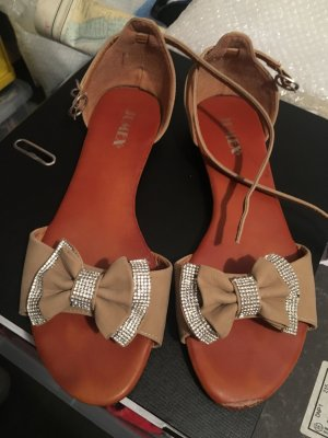 Süße Riemchen Sandalen
