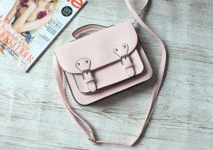 Süße rosa Sommertasche