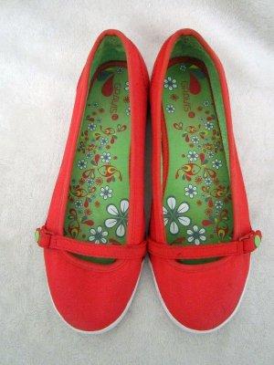 Süße rote Ballerinas der Marke Gravis in Gr. 40