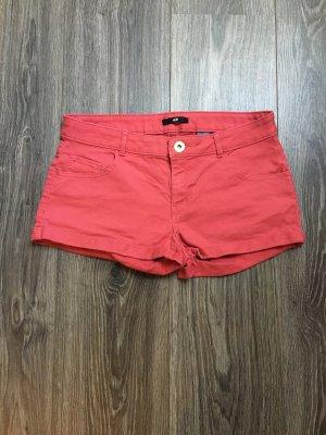 Süße rote Hotpants!!