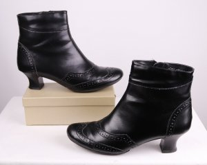 Zipper Booties black imitation leather