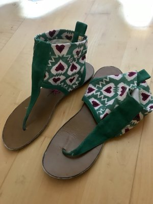 Süße Sandalen in grün lila mit Herzen, Größe 38, flach