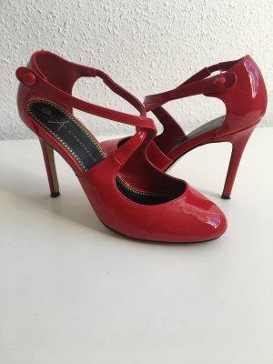 Süße Sandalen in rot