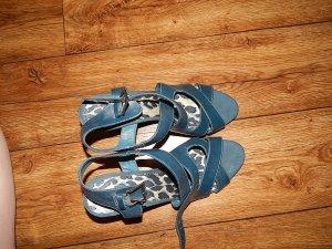 Süße Sandaletten Blau von Graceland ideal für warme Tage