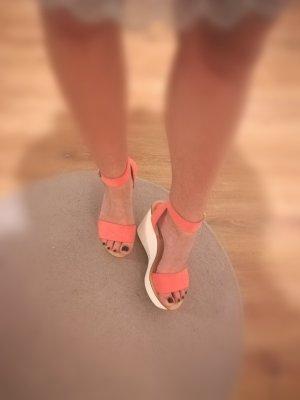 Süße Sandaletten Keilabsatz