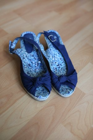 Süße Sandaletten mit Keilabsatz Gr. 39