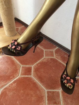 Süße Sandaletten, Slingbacks von Miu Miu, neu