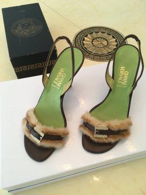 Süße Sandaletten von Versace