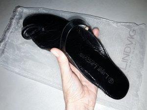 Lise lindvig Toe-Post sandals black