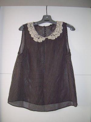 süße schwarze ärmellose Bluse von Atmopshere Gr. 42 mit Blumen