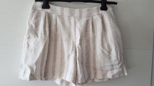 Süße Shorts in Anzugsoptik