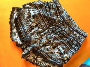 Süße Shorts schwarz blau