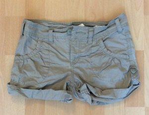 Süße Shorts von H&M in der Größe 140 cm