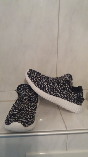 Süße Sneaker in Gr 38