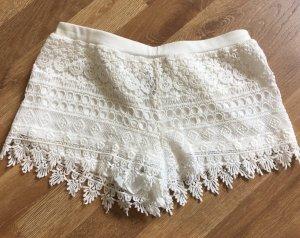 Süsse spitzen short lace guipure von h&m gr. 34/xs creme häckel heckel
