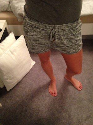 Süße Sweat Shorts grau/weiß/schwarz Gr. S