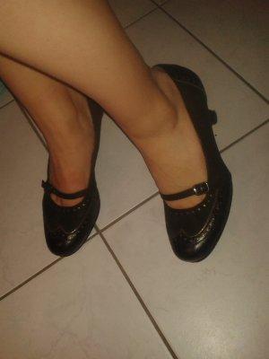 süße Tamaris Schuhe Größe 39