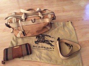 ***Süße Tasche von Burberry -Original***
