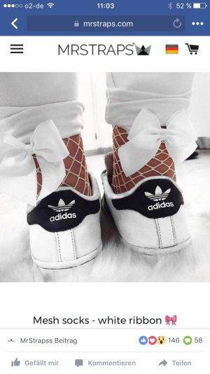 Süße weiße Socken mit Schleife neu und unbenutzt