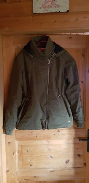 Süße Winter-Jacke von Bench