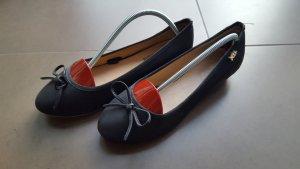 Süße Xti Ballerinas mit kleinem Keilabsatz, Gr. 38