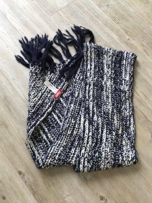 Süßer blau weißer Schal