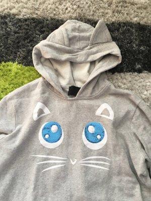 Süßer Karl Lagerfeld Hoodie mit Katzenohren